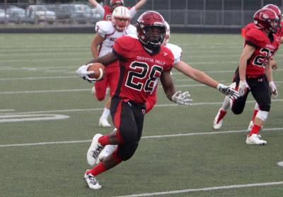 Prep Football Chi Hi Running Back Meinen Inks Commitment To