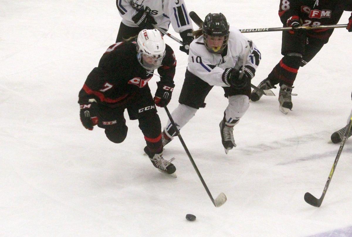 Chi-Hi/Menomonie girls hockey at Eau Claire Area 12-13-18