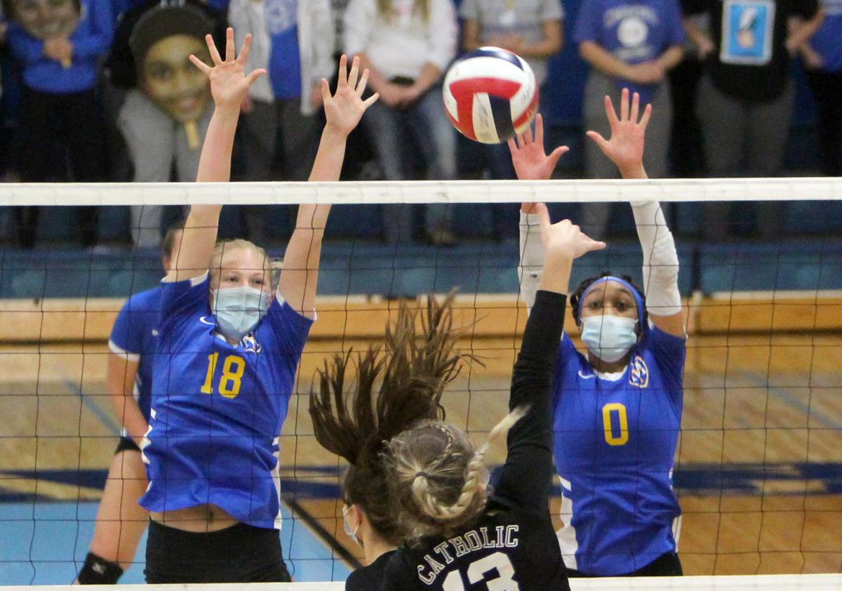 McDonell volleyball vs Catholic Central at Division 4 state championship 11-7-20