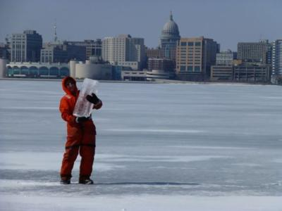 Winter Comes Early To Madison Thursday >> Uw Researcher Ice On Madison Lakes The Thickest I Ve Ever Seen