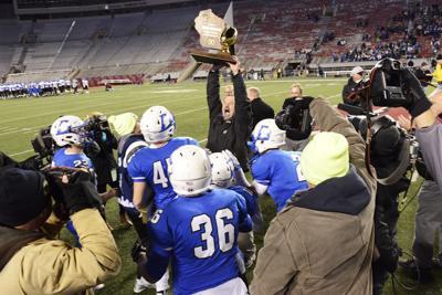 Prep football photo: Lodi celebrates its 2017 Division 4 state championship