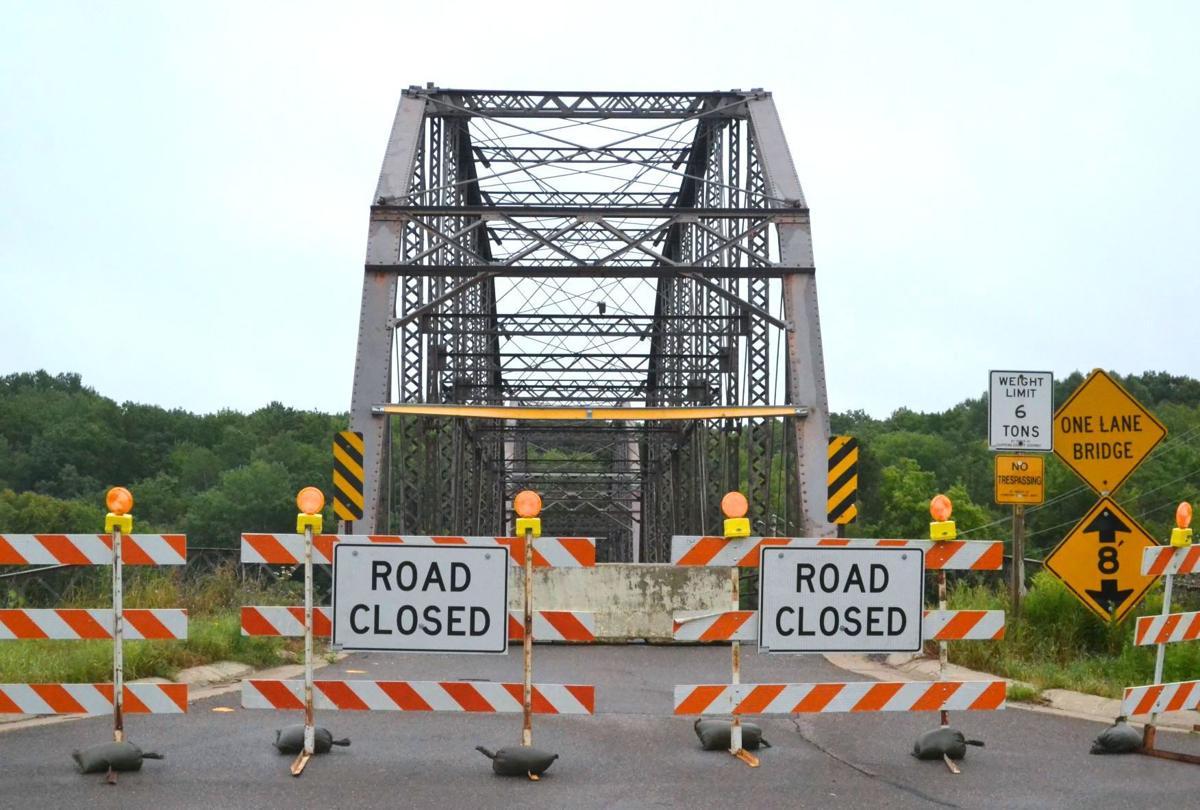 Cobban Bridge - Road Closed