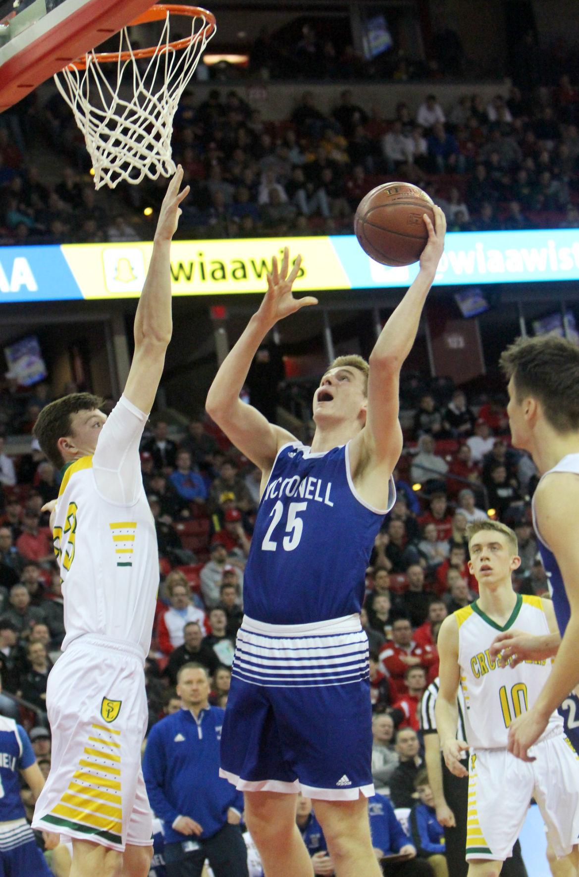 McDonell boys basketball vs Sheboygan Area Lutheran 3-15-19