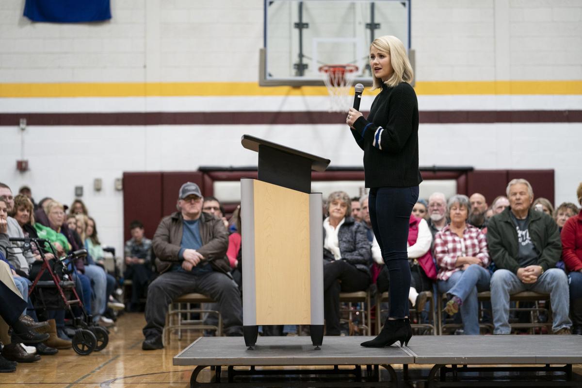 Elizabeth Smart speaks in Barron