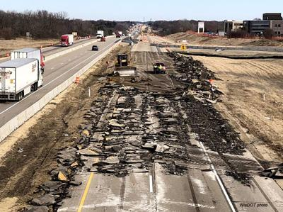 Work on I-39/90 between Janesville and Edgerton