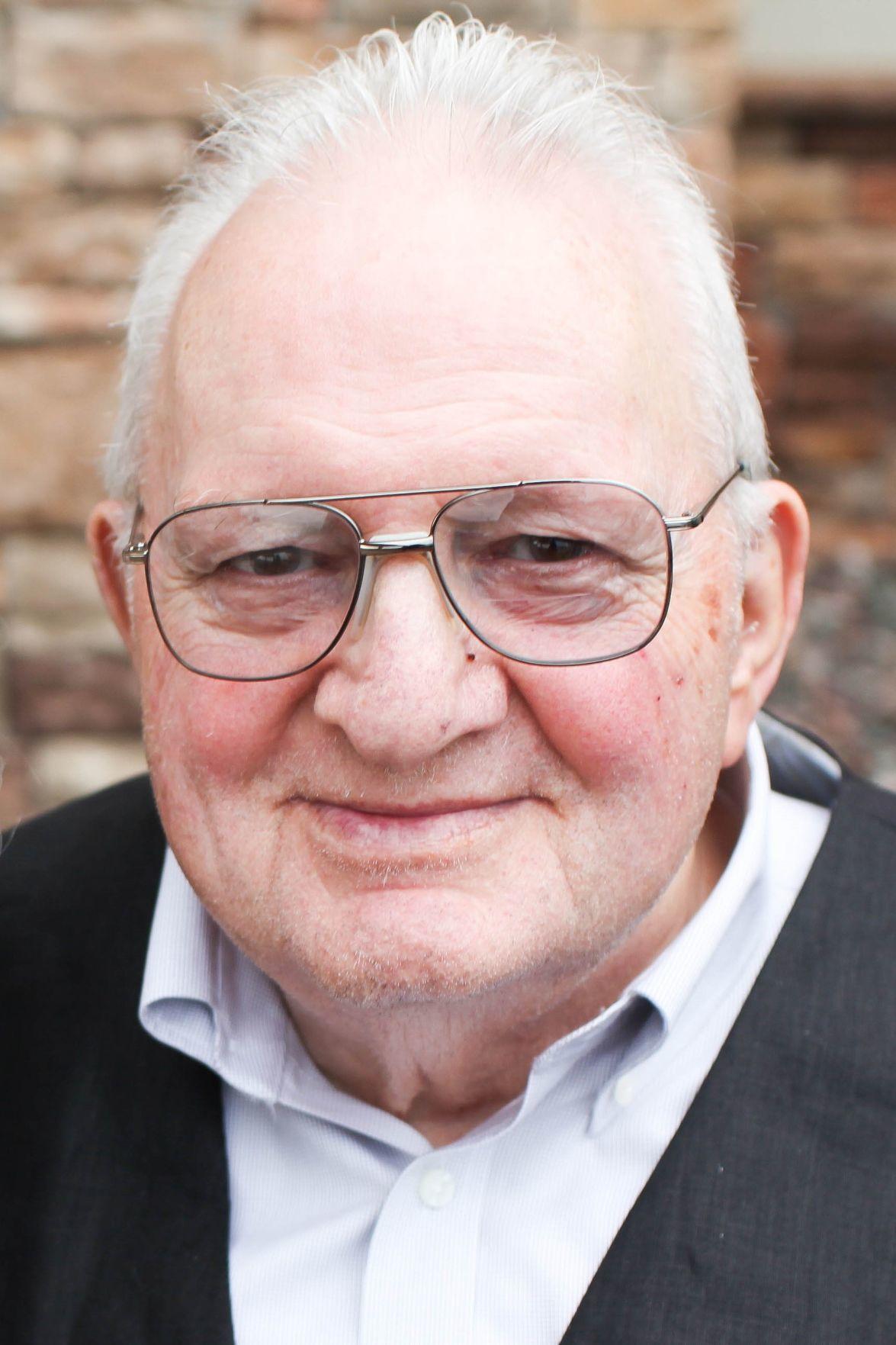 Robert Sires