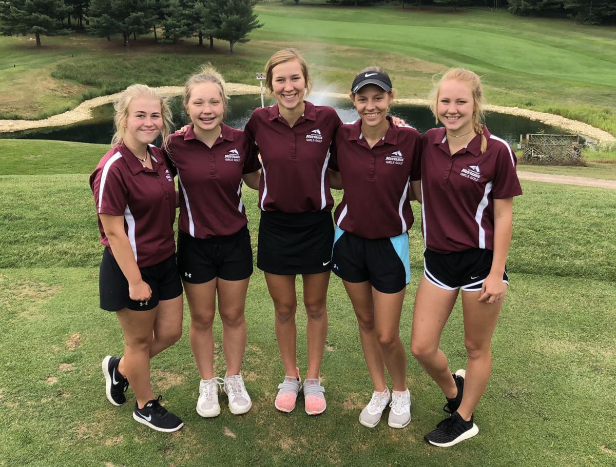 Menomonie girls golf varsity team