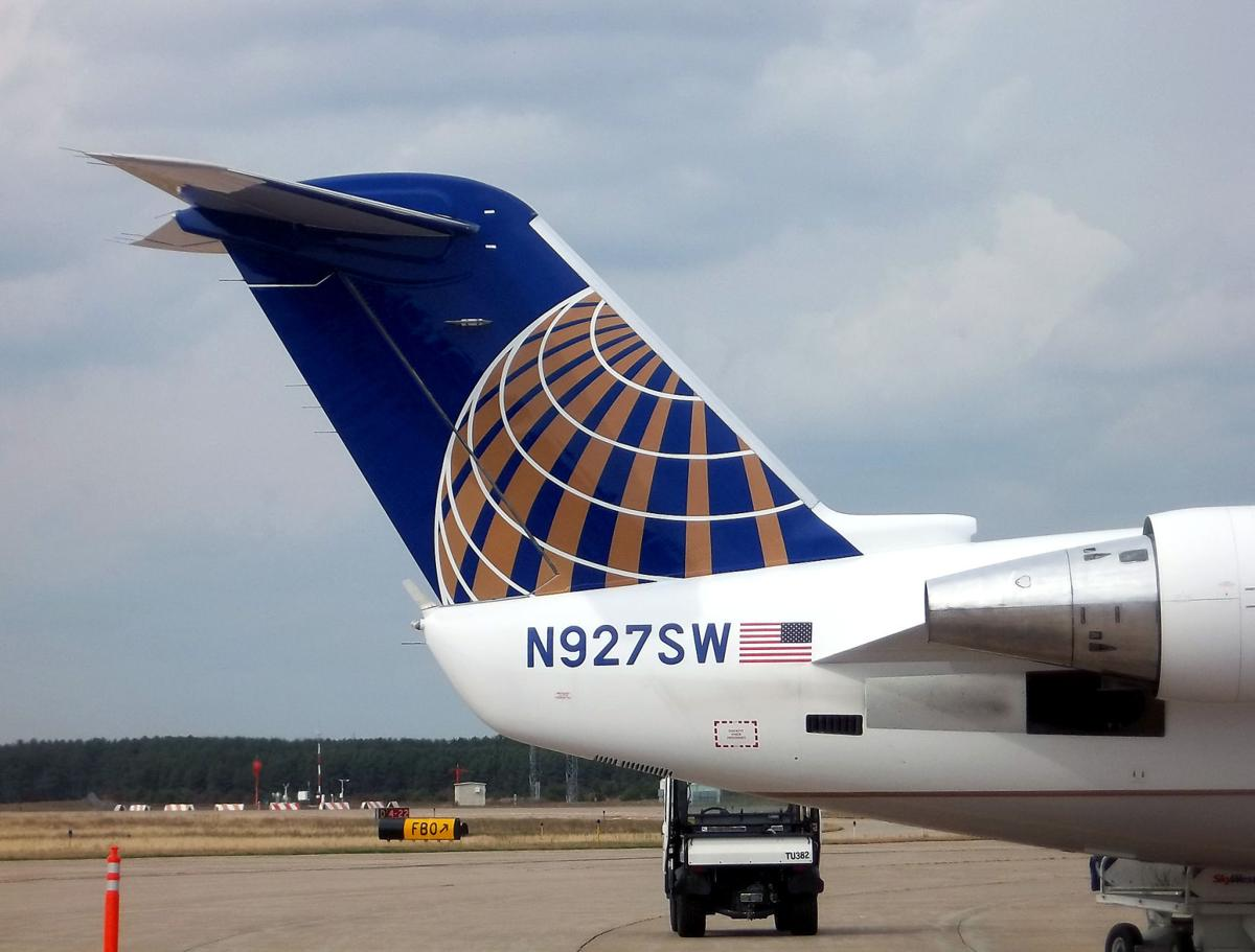 airlines that fly to lafayette la
