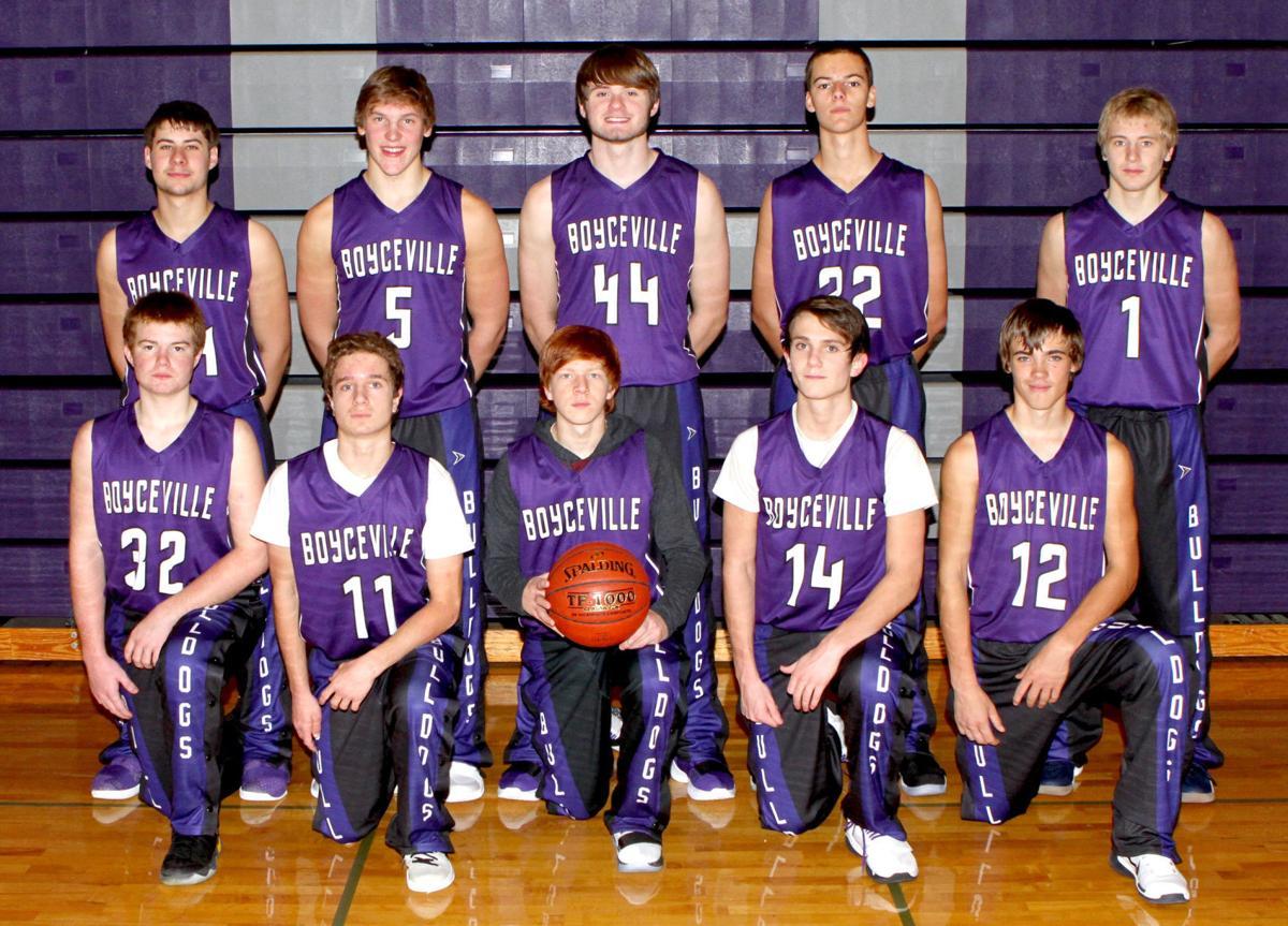 The 2017-18 Boyceville boys basketball team
