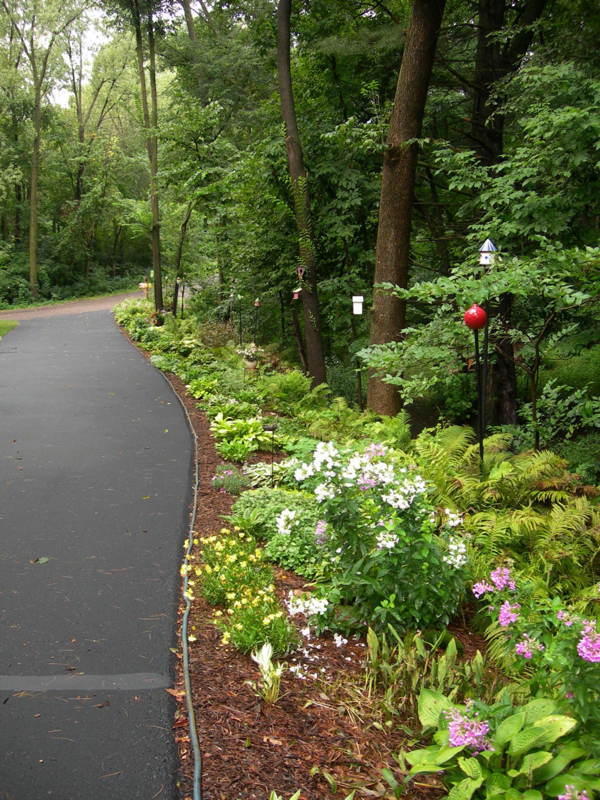 Garden Tour Fifty Shades Of Green: Stepping Stones Garden Tour Celebrates 16 Years Of Outdoor