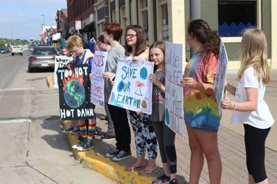 Menomonie middle school students protest climate change march
