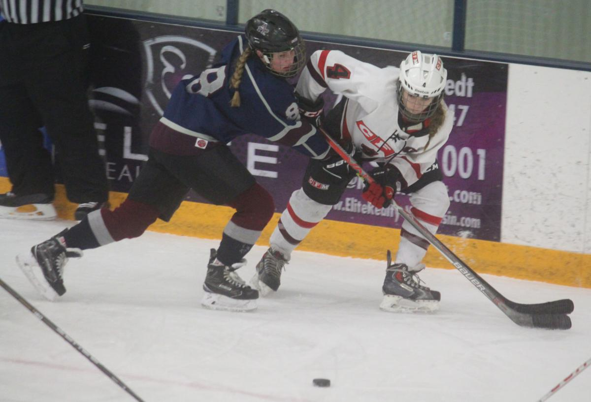 Chi-Hi/Menomonie girls hockey vs Appleton United at Eau Claire 12-28-17