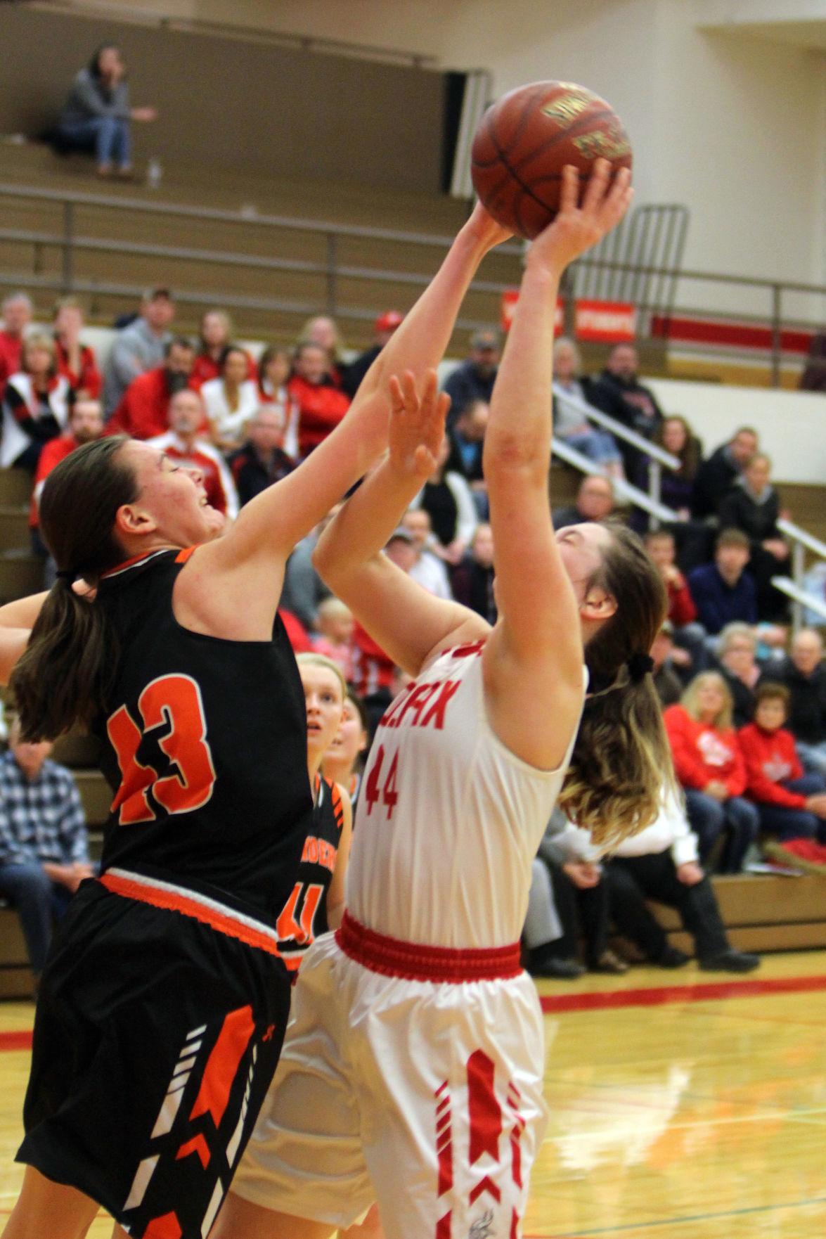 Elk Mound at Colfax girls basketball 12-5-19