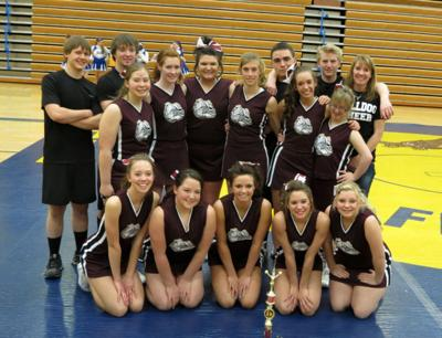 Choteau cheerleaders