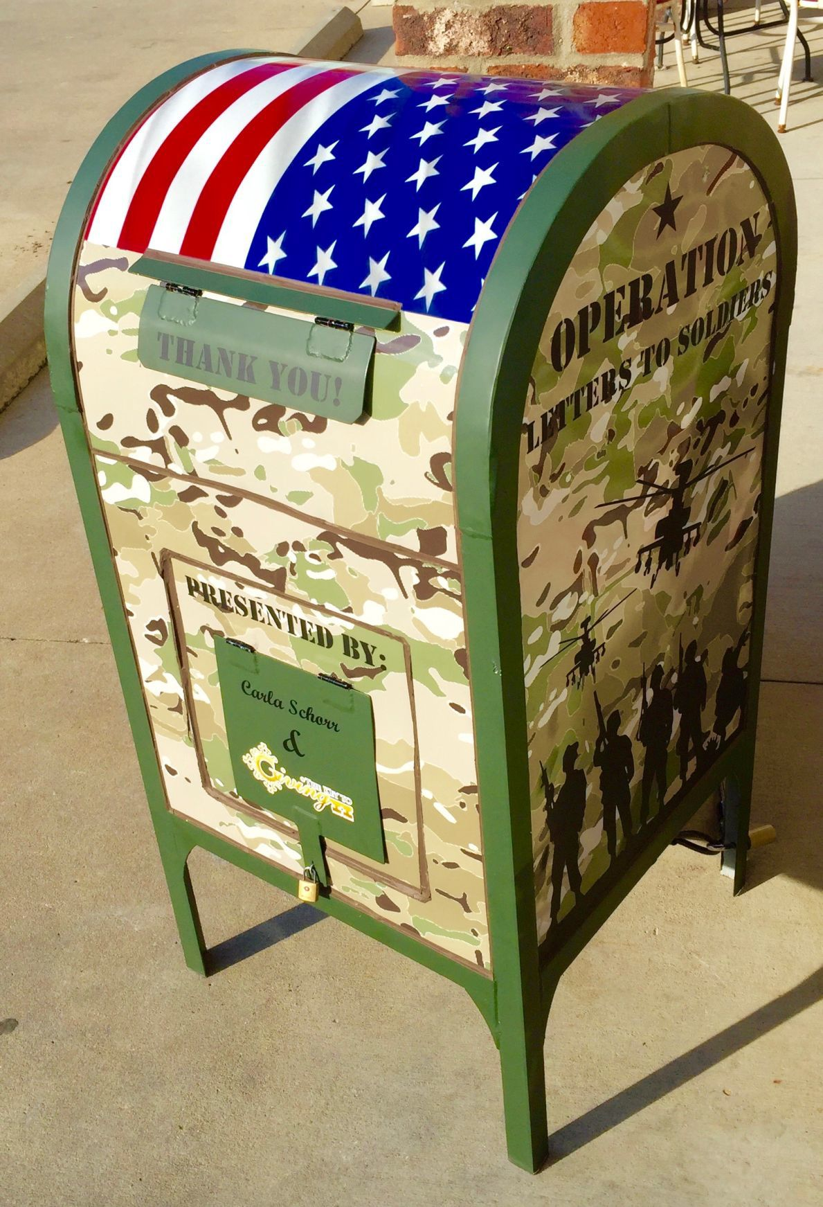Letters to Soldiers mailbox