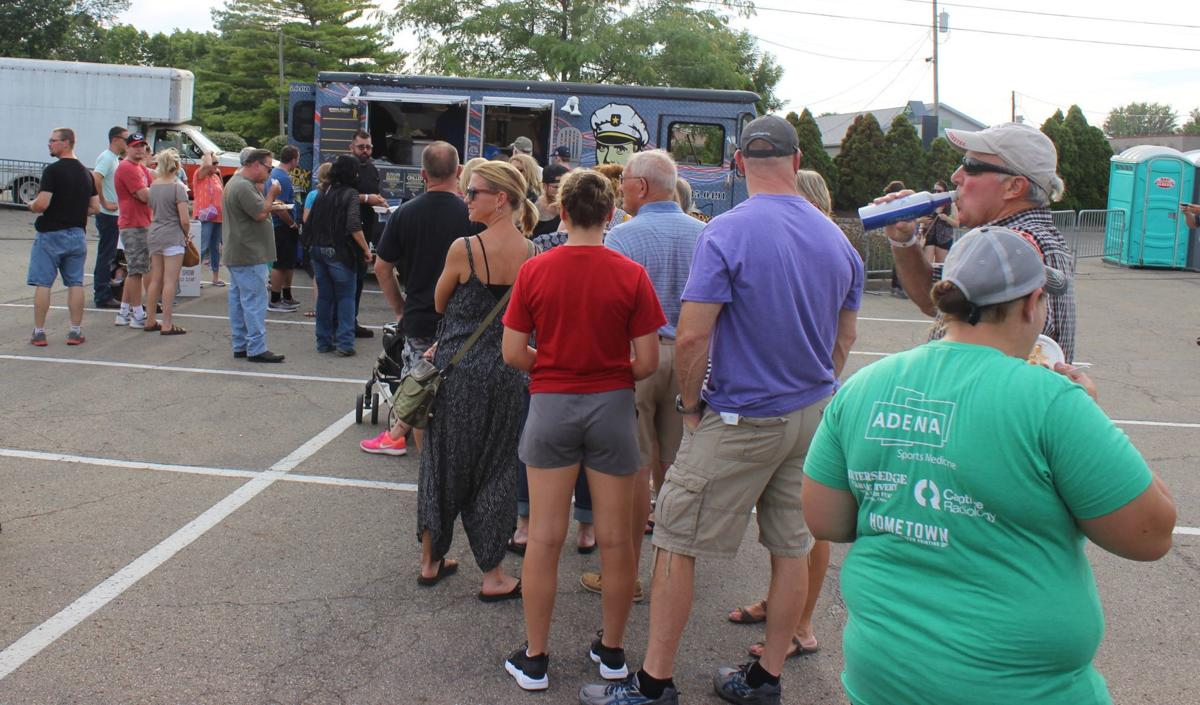 Food truck lines