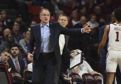 Horning: Sooners' lackluster presence precedes poor shooting against Jayhawks