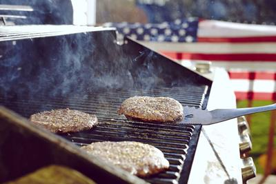 Keep food safety in mind this Memorial Day