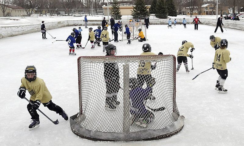 Hockey players face local ice shortage