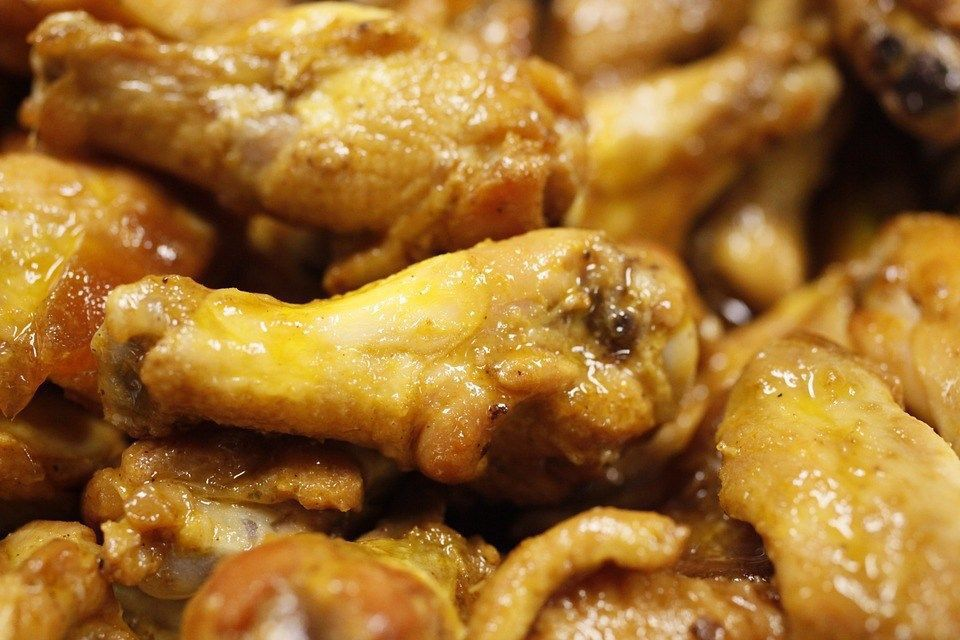 Arby's buys Buffalo Wild Wings for almost $3 billion