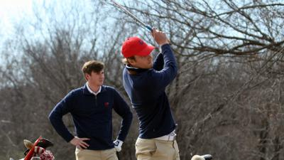 Blomander leads men's golf in Hilton Head after day one