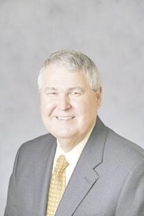 Tom Bayless retires after 30 years at RCB Bank