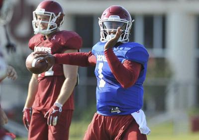 OU football: Jalen Hurts figures to pull from past QB competitions