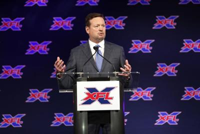 Bob Stoops officially introduced as XFL Dallas team's coach