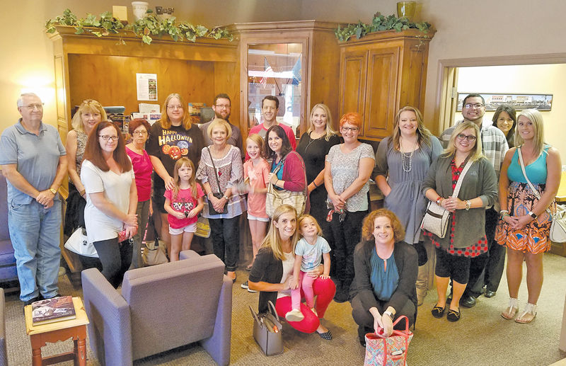 Cash Mob benefits local women's shelter