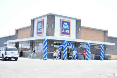 Aldi opens.JPG