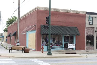 Vintique Charm moves to new location