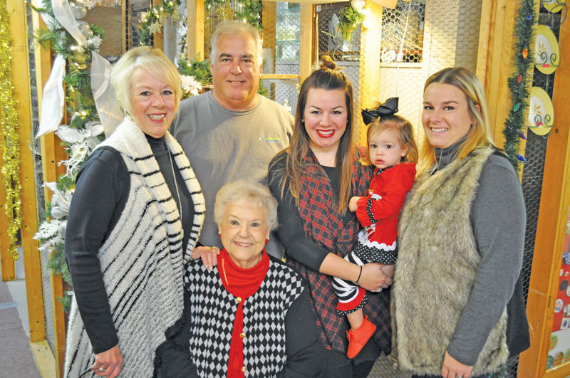 Hoover's to host Holiday Open House