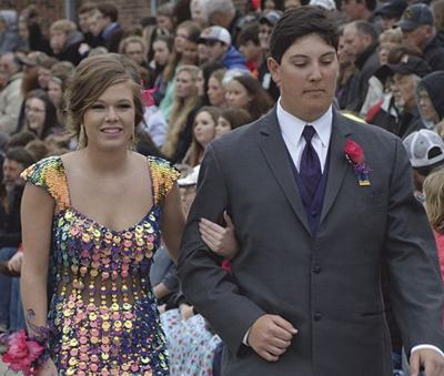 Clarinda students find other uses for prom funds