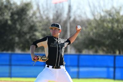 Cleburne Pitcher Willie Rangel Cl Of 2019 Verbally Committed To Texas Tech University This Weekend After A Strong Showing With The Stix Baseball