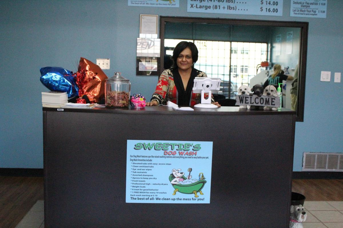 Video keenite opens self serve dog wash in cleburne local news marissa choque of keene opened sweeties dog wash last month in cleburne and has already seen many positive reviews from pet owners solutioingenieria Choice Image