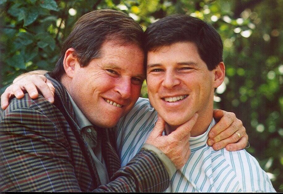 Elliot (left) Steven (right).jpg