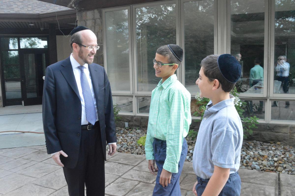 Rabbi Simcha Dessler and students