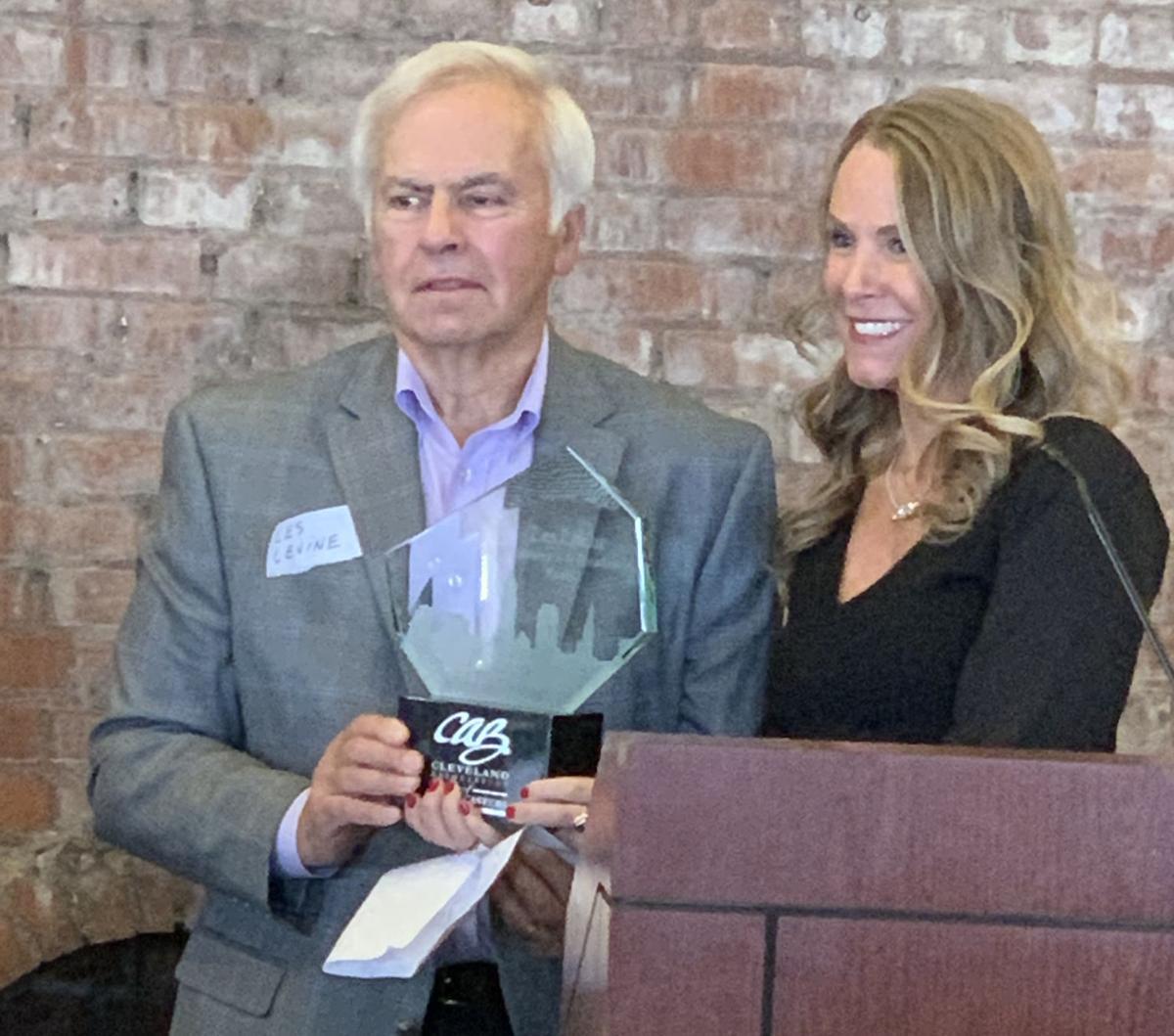 Les Levine accepts award (copy)