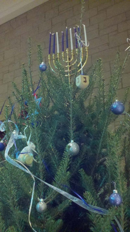 Menorah tree topper | | clevelandjewishnews.com