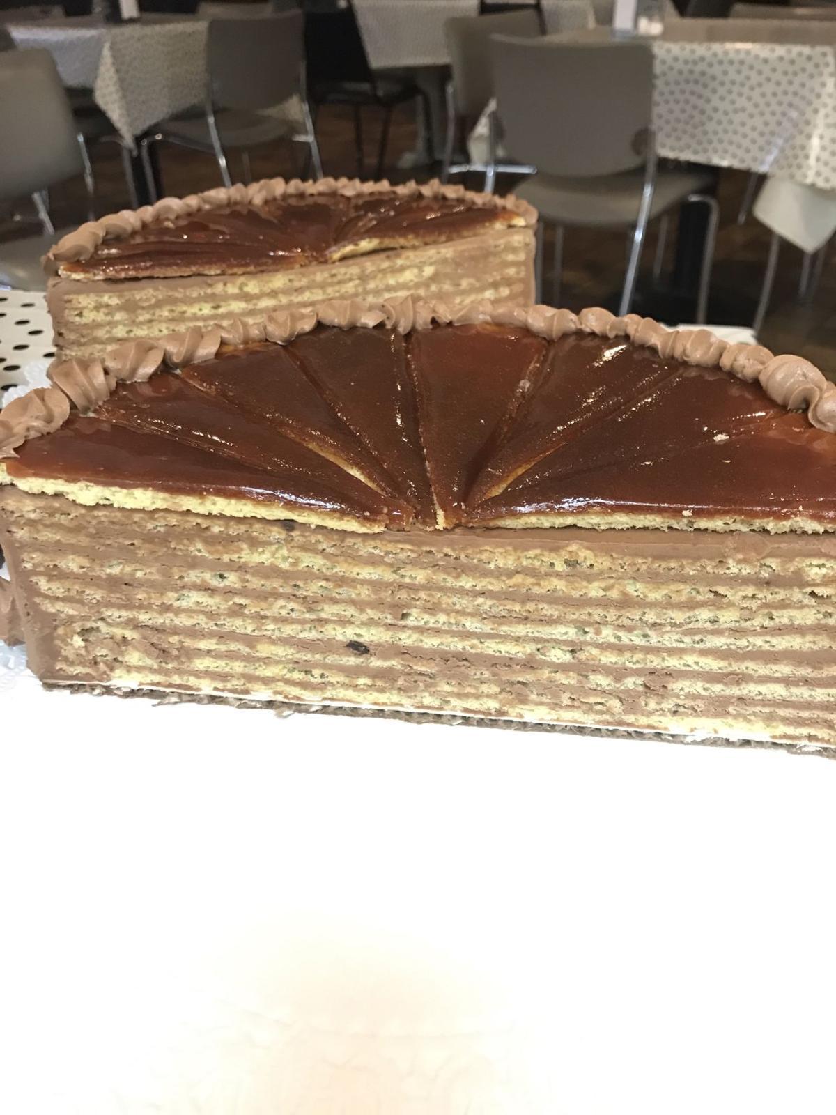 Dobos torte.JPG