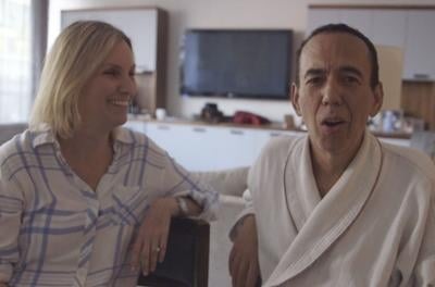Woman, 70, gets naked and takes shower during the Zoom bat mitzvah of Gilbert Gottfried's daughter