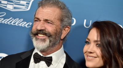 Mel Gibson says Winona Ryder is lying about 'oven dodger' remark