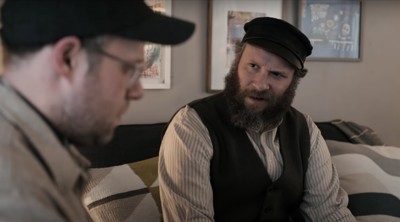 'An American Pickle' trailer shows Seth Rogen plays both 1920s Jewish immigrant and his great-grandson