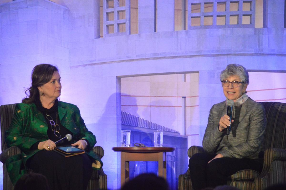 Wendy Holden, Hana Berger Moran