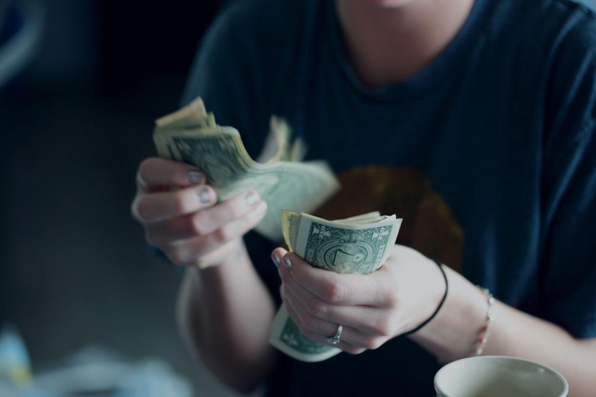 Stock money budget
