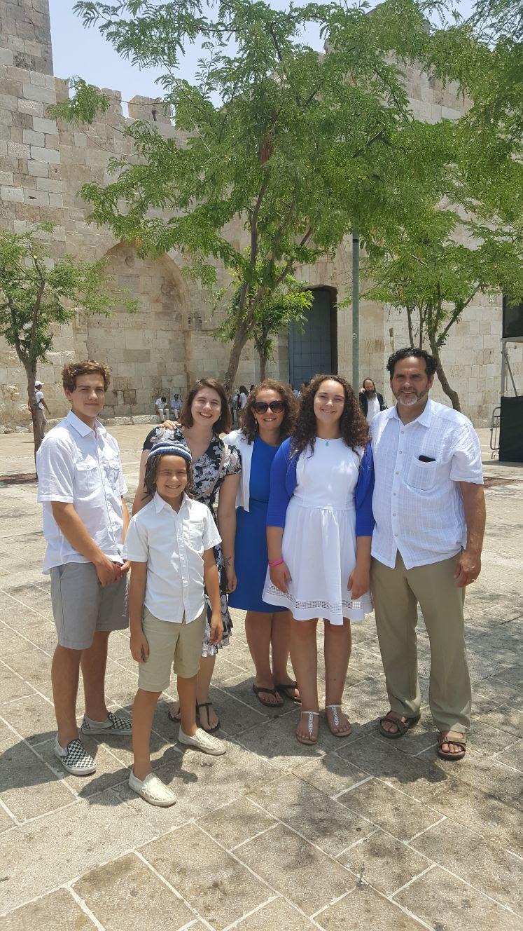 Chesnut family.jpg