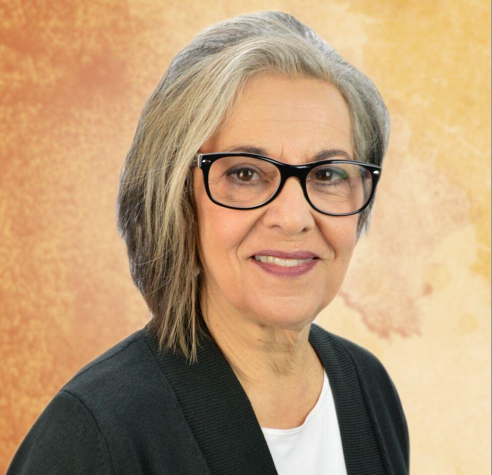 Anita Gray.png