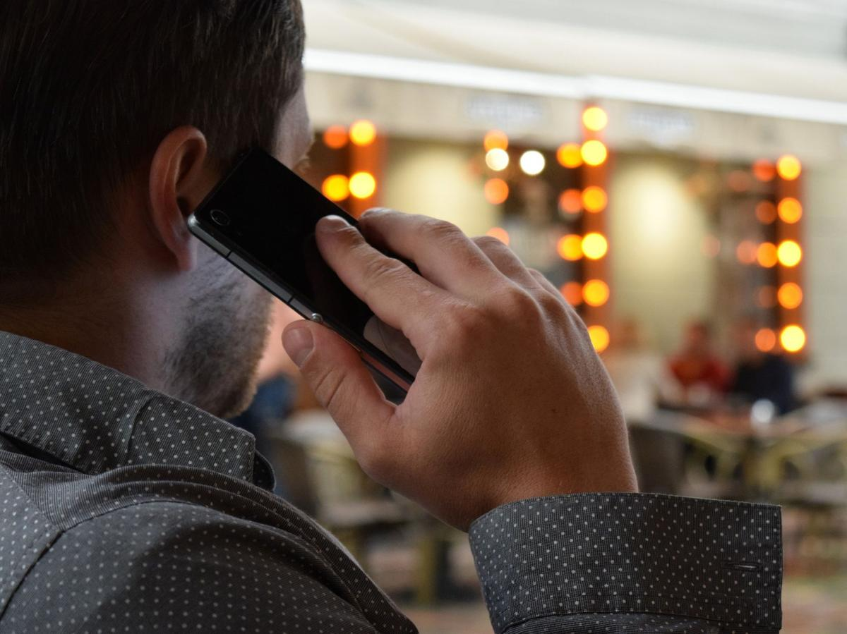 stock phone call