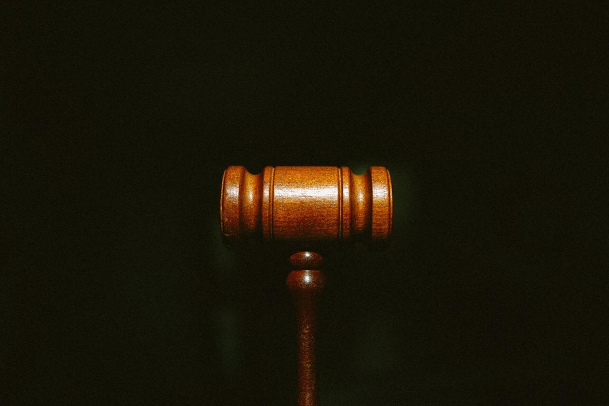 Stock gavel law