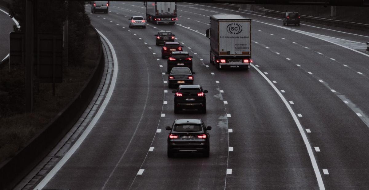 Stock cars traffic